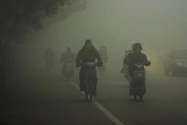 China issues its first highest possible alert over poisonous pollution in Beijing.