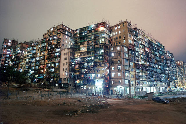 Photos of Hong Kong's chaotic Kowloon Walled City, once the most crowded place on earth.