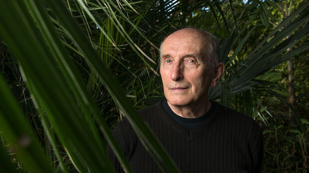 """Vaclav Smil: """"Growth must end. Our economist friends don't seem to realisethat."""""""