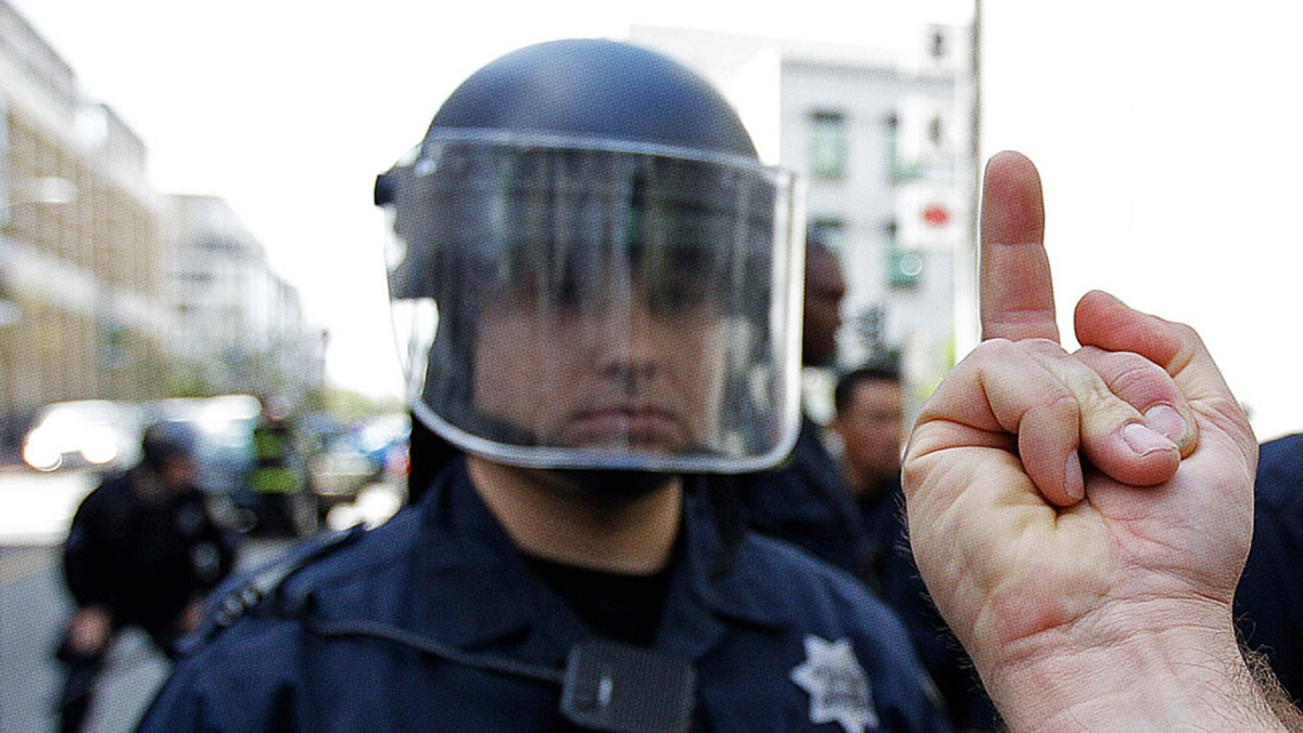 How to Safely and Ethically Film PoliceMisconduct.
